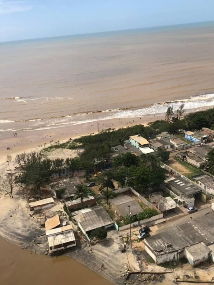 Cidade de Atafona sofre com erosões litorâneas