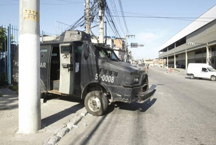 O comércio de Duque de Caxias fechou as portas após morte de traficante da Favela do Lixão. Policiamento na região teve que ser reforçado