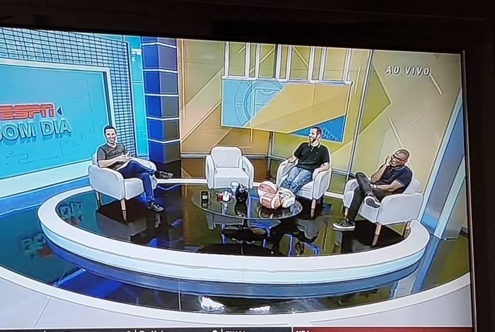 Programa voltou do intervalo com a cadeira de Mário Marra vazia