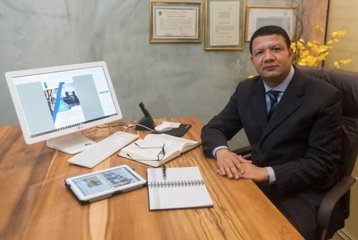 Marcos Espínola, advogado, explica que cabe mover ação por perdas e danos e danos morais