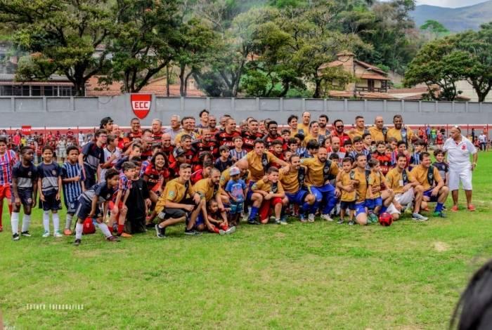 Evento vai reunir jogadores do Flamengo em partida contra equipe Master de Petrópolis