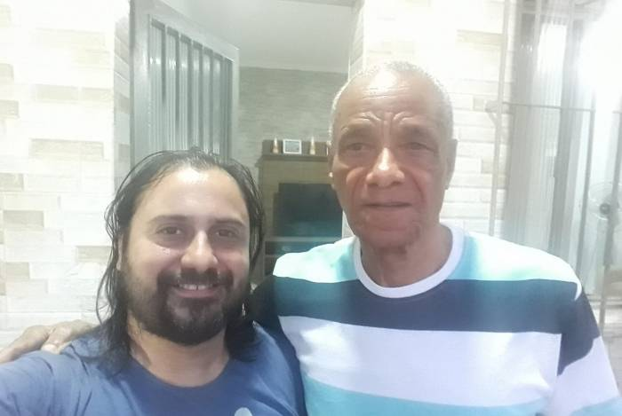 Vinicius Baião e Adalberto Cândido, o Candinho, filho mais velho do Almirante Negro