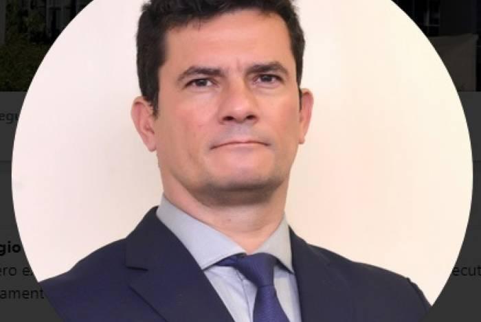 Ministro da Justiça, Sergio Moro, entrou no Twitter por considerar a plataforma um instrumento poderoso de comunicação
