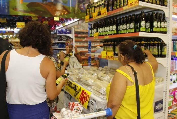 Pelo menos três mercados recebem pedidos para doces e salgados