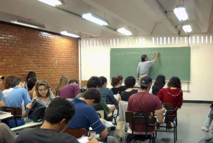 Empreendedorismo e investigação científica farão parte do ensino médio