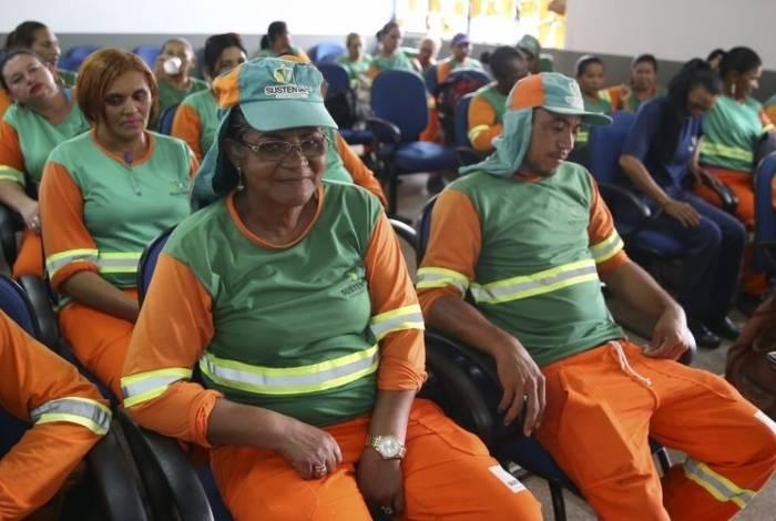 Williani Carvalho coordena projeto para alfabetização de garis no Distrito Federal