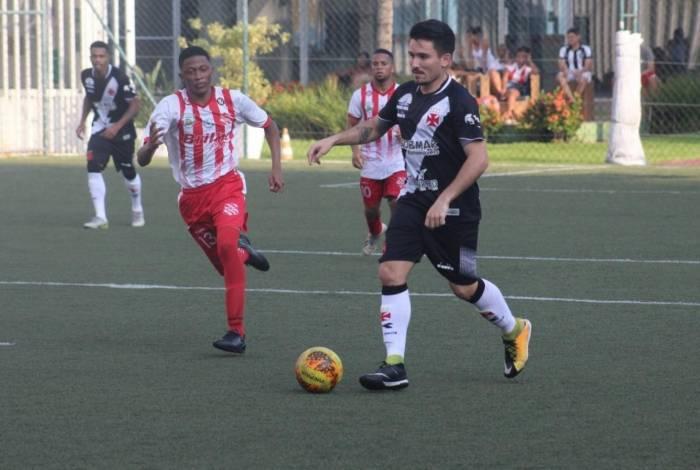 Vasco venceu o Bangu por 6 a 1