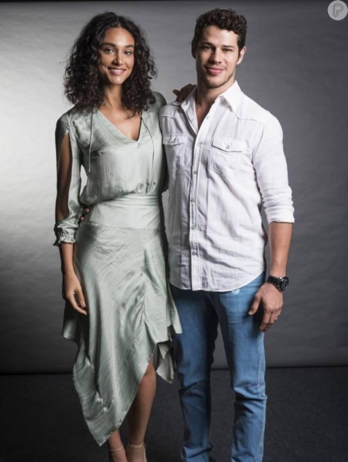 Debora Nascimento e José Loretto