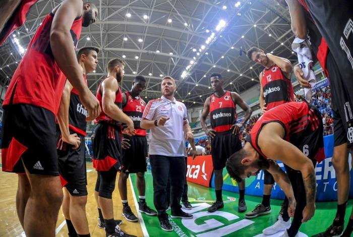 Gustavo de Conti, campeão pelo Paulistano, comanda o Flamengo