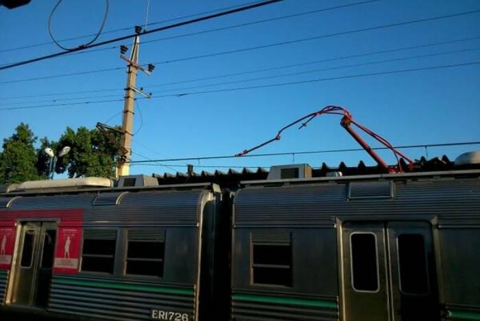 Trens precisaram ter circulação alterada durante troca de tiros em Senador Camará
