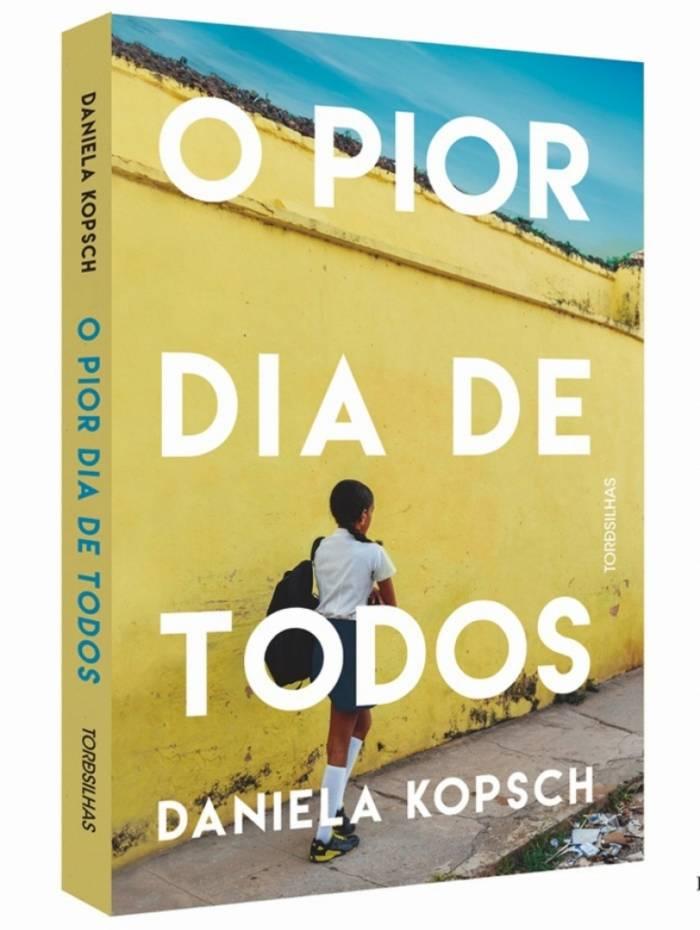 Jornalista lança livro 'O Pior Dia de Todos' em Botafogo