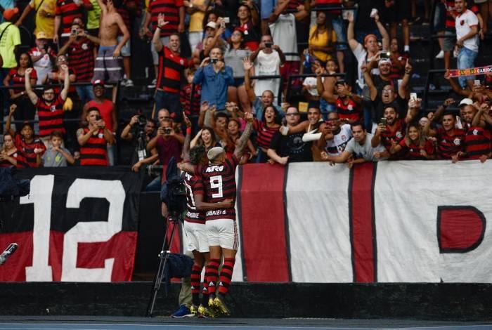 Vasco e Flamengo decidem o título estadual no próximo domingo