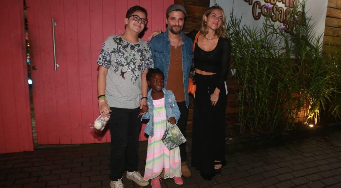 Bruno Gagliasso, Giovanna Ewbank e família