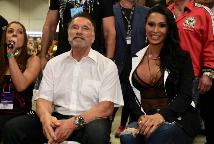 Gracyanne Barbosa e Arnold Schwarzenegger