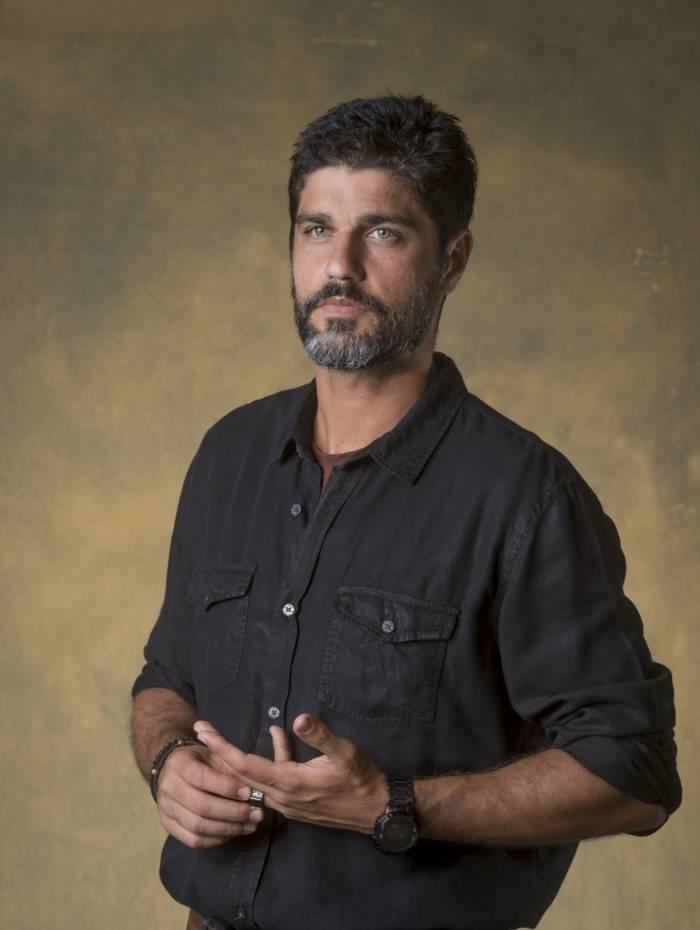 Hussein Zarif (Bruno Cabrerizo)