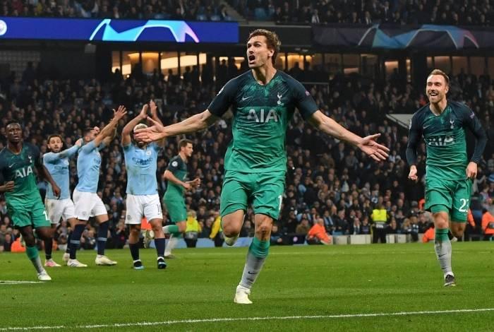 Tottenham eliminou City em jogão