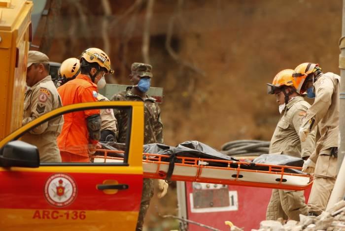 Desabamentos de prédios na Muzema deixaram 23 mortos