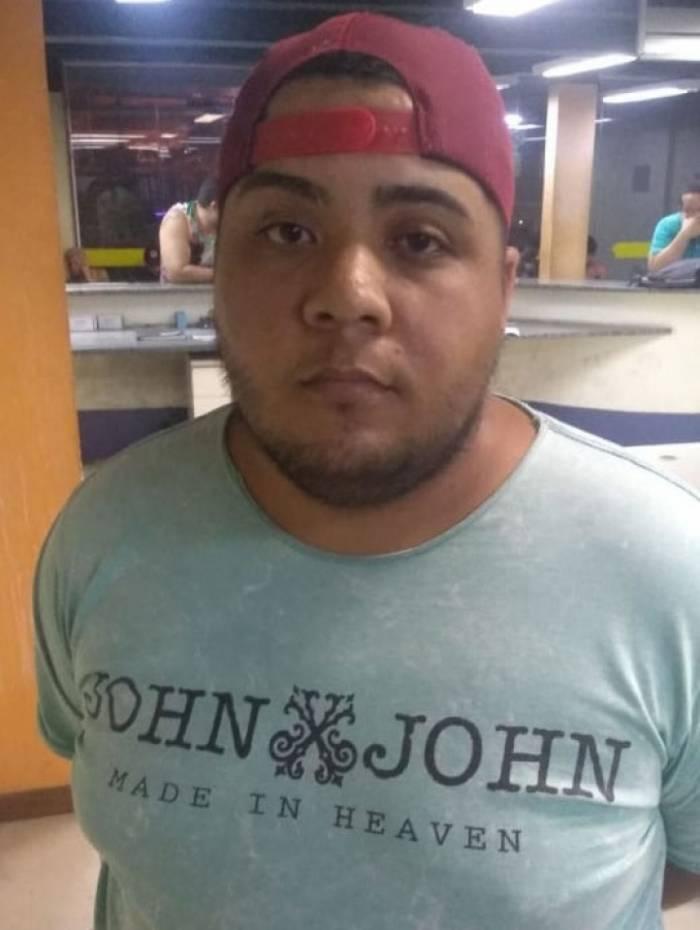 Antonio Enivando Soares Lopes foi encontrado dentro da agência