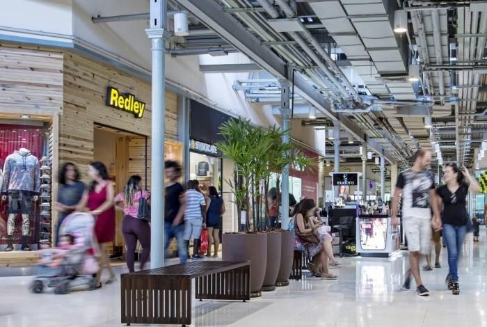 O Bangu Shopping, por exemplo, terá as lojas abertas das 13h às 21h em todos os feriados