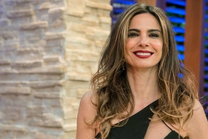 Luciana Gimenez está dando desconto de cerca de seis milhões de dólares em seu triplex em São Paulo