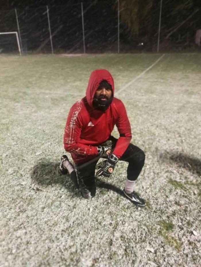 Felipe sofre com o frio na Hungria, mas defendendo o Kisvarda é um dos melhores goleiros no país
