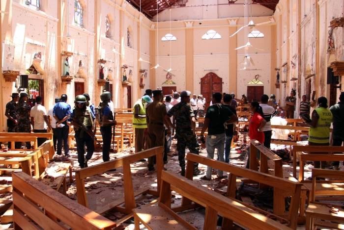A igreja St Sebastian's Church, em Negombo, Norte da capital Colombo, no Sri Lanka, completamente destruída após série de ataques