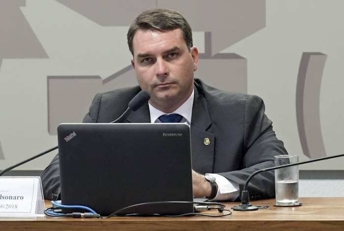 Senador é alvo de investigação do Ministério Público