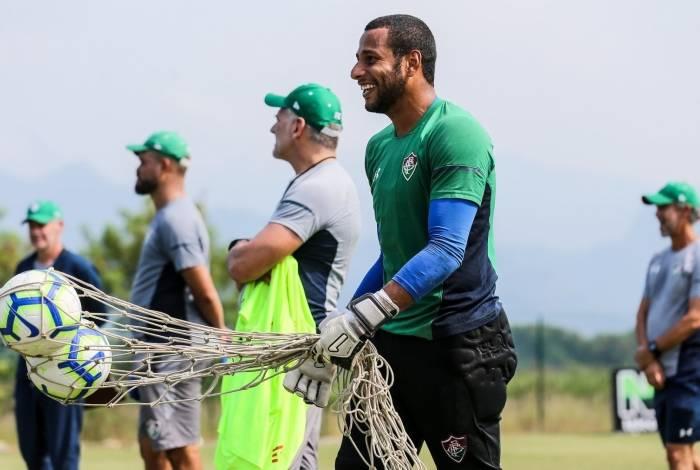 Rodolfo sorri em treino do Fluminense: o goleiro foi decisivo na classificação na Copa do Brasil