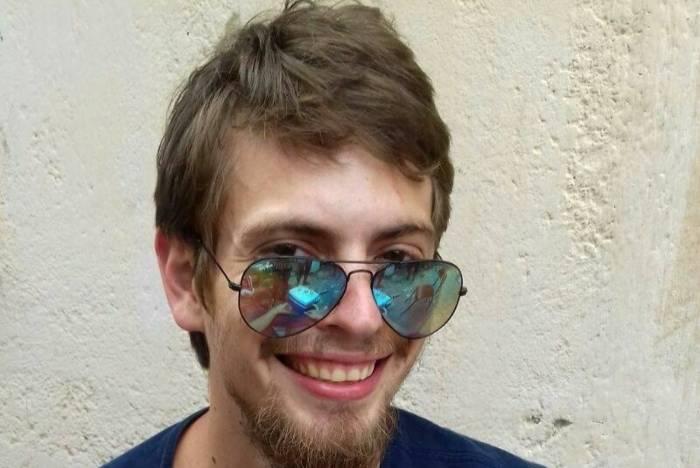 Eric Azor de Melo e Souza, 28 anos, começou a trabalhar como motorista de aplicativo há cerca de três meses. O carro que usava foi encontrado na Taquara