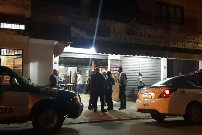 Marcelo Couto (detalhe) foi morto dentro da churrascaria na noite de sábado, durante discussão
