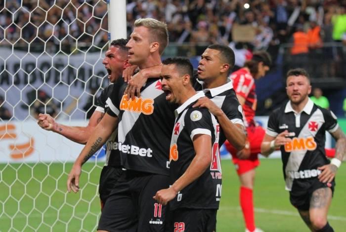 Vasco marcou seu primeiro ponto com o empate de ontem
