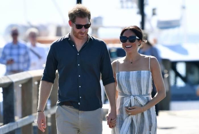 3ca6cdfc2 A esposa do príncipe Harry, Meghan, entrou em trabalho de parto nas  primeiras horas