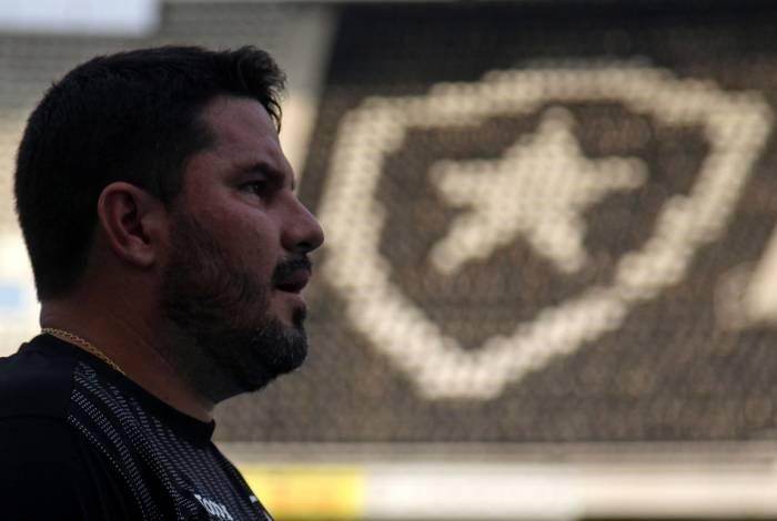 Treinador alvinegro, Eduardo Barroca fez muitos elogios à dedicação dos jogadores