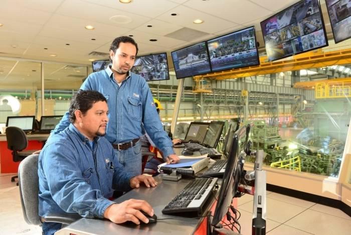 A unidade da siderúrgica Ternium em Santa Cruz: empresa gera mais de oito mil empregos na região