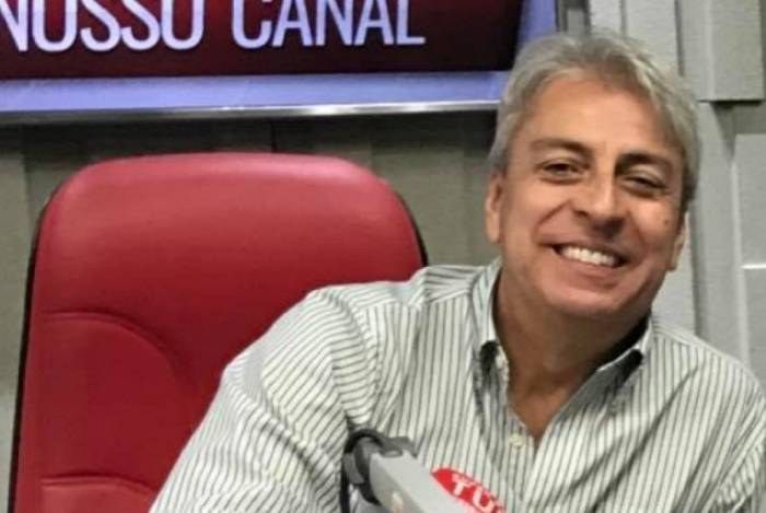 Show do Clóvis Monteiro será ao vivo do Quiosque Samba Social Clube, onde equipe vai vacinar contra gripe