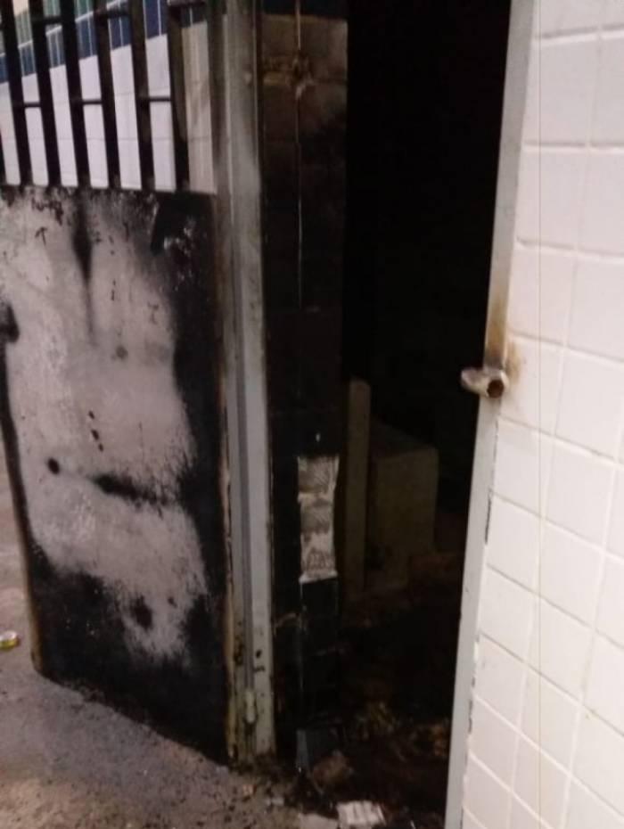 Internos causam incêndio em unidade do Degase na Ilha e três ficam feridos