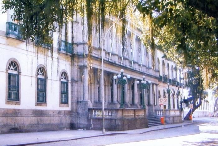 Avaliações gratuitas para mulheres que desejam fazer cirurgias plásticas reparadoras acontecem na Santa Casa da Misericórdia, no Centro do Rio