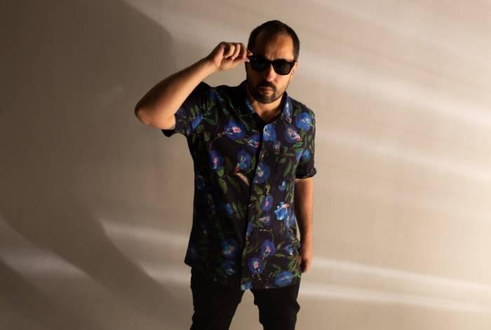DJ Marcelinho da Lua lança novo álbum no Museu de Arte do Rio