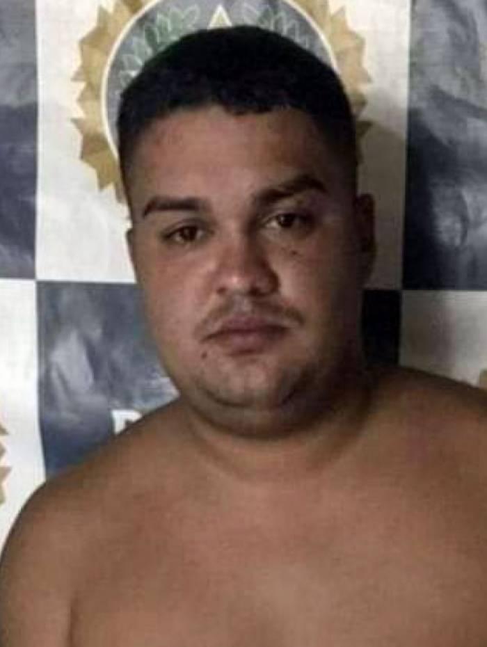 Marcos Vinicius Ferreira Lima age principalmente em Imbariê, em Duque de Caxias