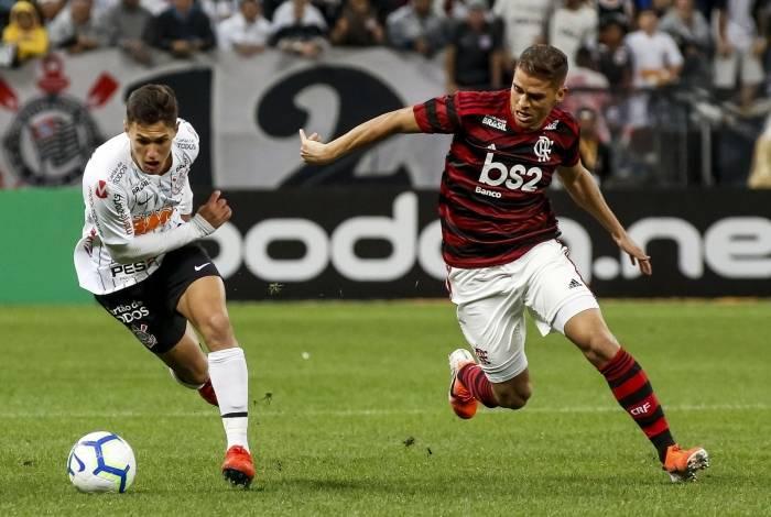 Mateus Vital sofreu com a forte marcação do 'carrapato' Cuéllar, na Arena Corinthians