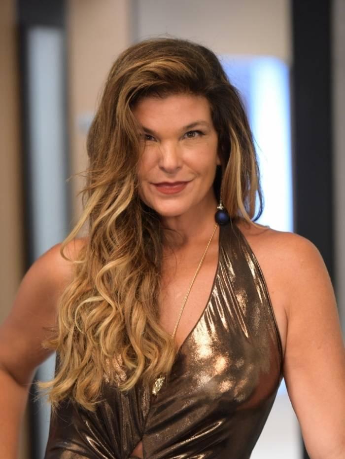 Cristiana Oliveira, a Lara, de 'Topíssima', próxima novela da Record