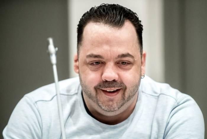Ex-enfermeiro Niels Hoegel, acusado de matar mais de 100 pacientes sob seus cuidados, comparece a uma audiência em seu julgamento, em 16 de maio de 2019