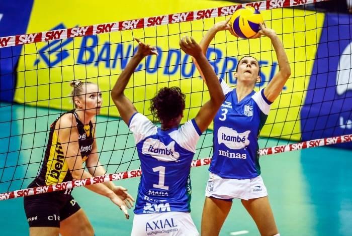 Macris, do Itambé-Minas, foi eleita a melhor levantadora da Superliga