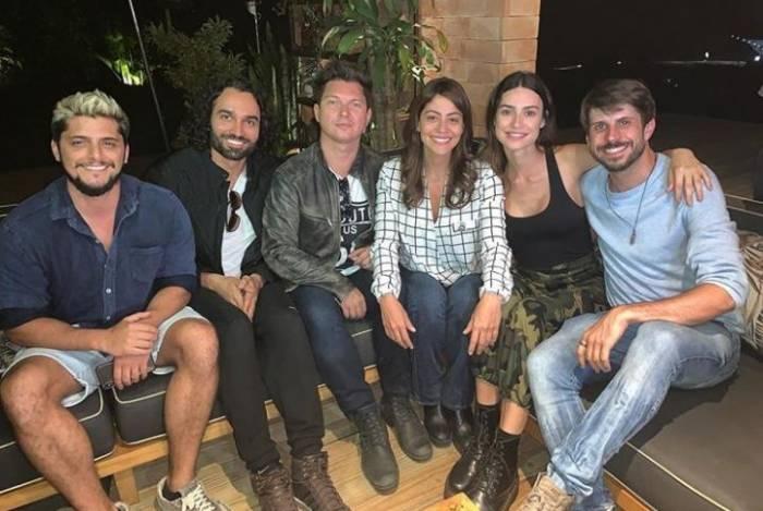 Vitor Fonsek (protagonista), o diretor, Bruno Saglia, Carol Castro, Thaila Ayala e Diego de Lima