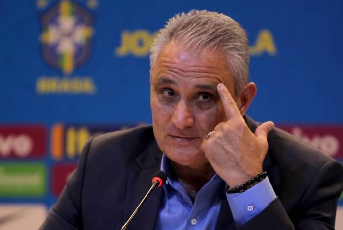 Tite não quis se alongar sobre o soco que Neymar deu em um torcedor após a final da Copa da França: 'Errou'