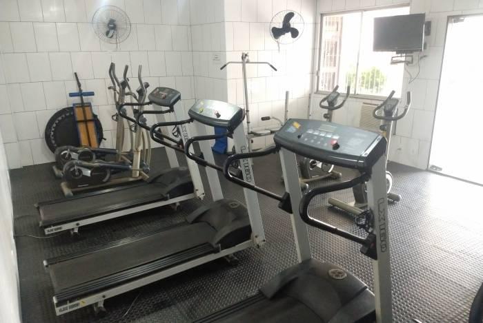 Lei determina que academias em prédios residenciais tenham profissionais de educação física