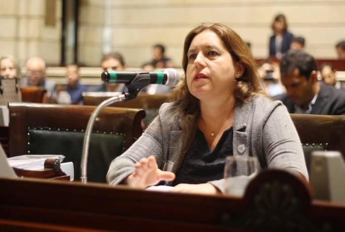 Marcia Andrea Peres