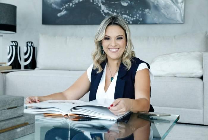 Nany Martins tem uma empresa de consultoria, a Awee, na Flórida e dá dicas de como se estruturar no exterior