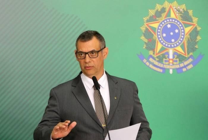 O porta-voz da Presidência da República, Otávio do Rêgo Barros, fala à imprensa