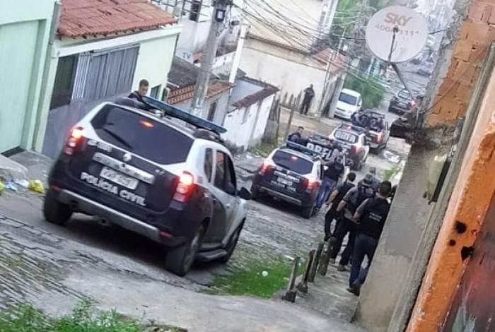 Ação envolveu vários policiais civis